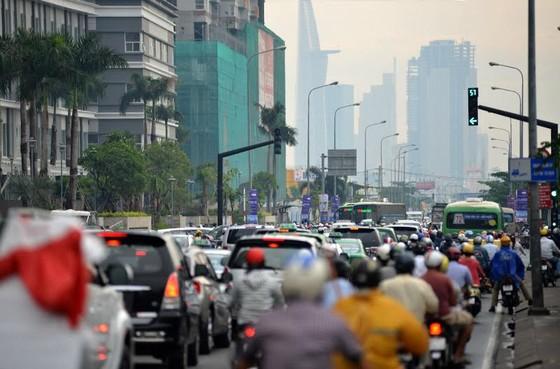 Nhiều giải pháp chống ùn tắc giao thông ảnh 1