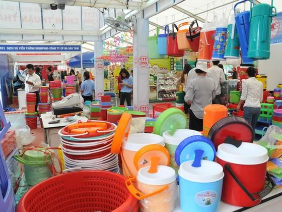 Doanh nghiệp nhựa Việt loay hoay trong ASEAN ảnh 1