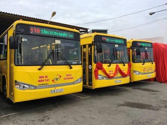 TPHCM: tuyến buýt 5 sao từ bến xe miền Tây đến sân bay ảnh 1