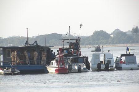 Nỗ lực thông luồng trên sông Đồng Nai ảnh 1