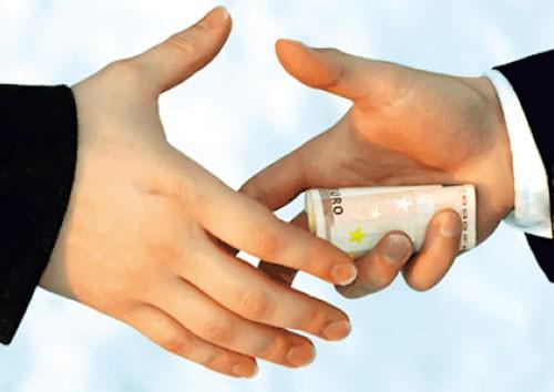 Luật cấm hối lộ Hoa Kỳ nhắm ai? ảnh 1