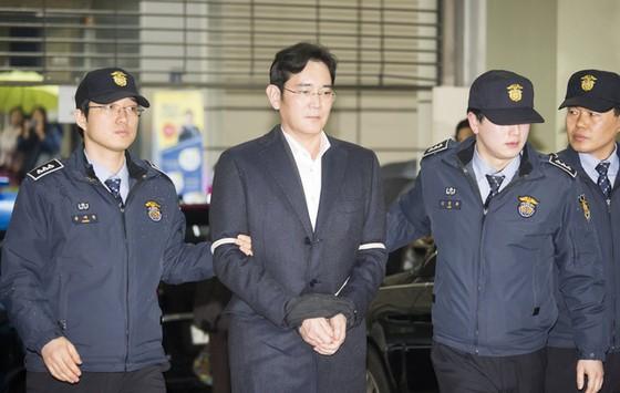 """Samsung sẽ ra sao nếu """"Thái tử"""" ngồi tù? ảnh 2"""