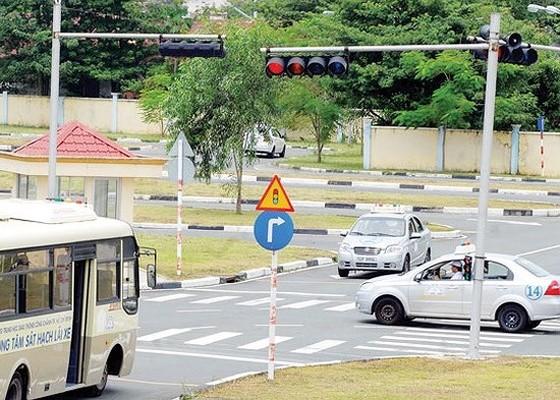 TPHCM kiến nghị ủy quyền địa phương đào tạo lái xe ảnh 1
