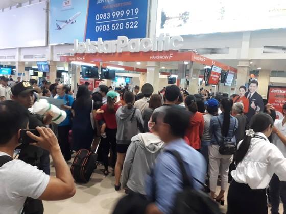 Jetstar Pacific hủy chuyến, bồi thường 200 ngàn đồng/vé, hàng trăm hành khách bức xúc ảnh 1
