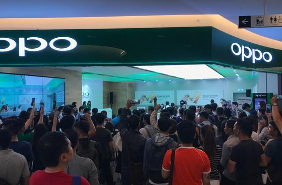 OPPO Việt Nam khai trương Brand Shop cao cấp ảnh 2