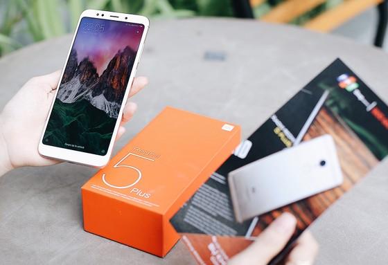 FPT Shop tặng gói bảo hành đặc biệt cho máy Xiaomi chính hãng ảnh 1
