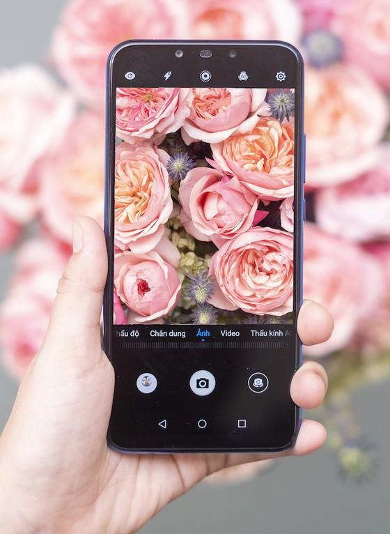 """Đặt trước Huawei Nova 3i ở FPT Shop, nhận bộ quà """"khủng"""" ảnh 1"""
