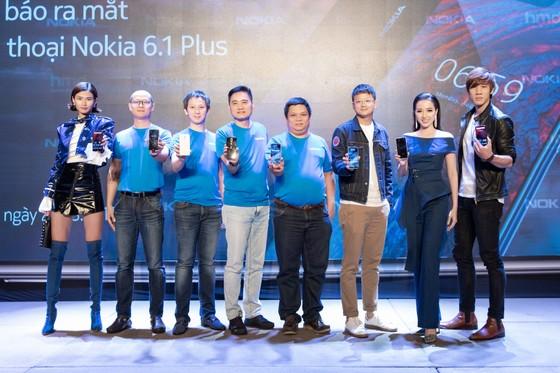 Nokia 6.1 plus được bán sớm tại Việt Nam ảnh 2