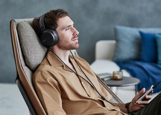 Sony giới thiệu dòng tai nghe chống ồn WH-1000XM3 ảnh 3
