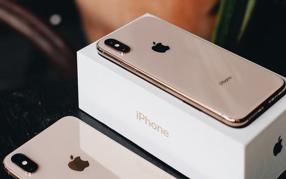 Ngày 2-11, FPT Shop giao iPhone XS, XS Max, XR chính hãng cho người mua ảnh 1