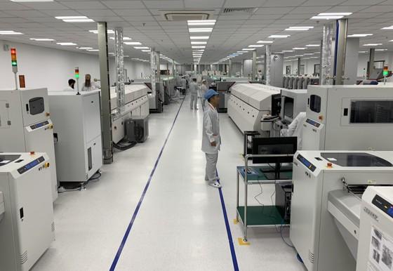 Nhà máy sản xuất di động Vsmart của Vingroup hiện đại đến đâu? ảnh 10