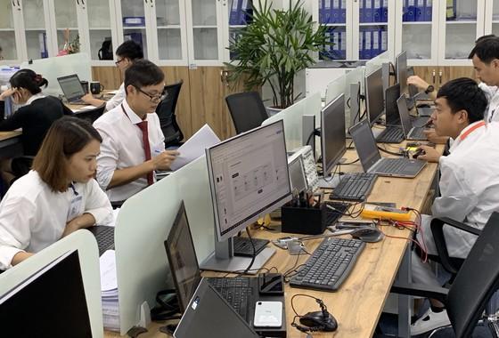 Nhà máy sản xuất di động Vsmart của Vingroup hiện đại đến đâu? ảnh 3