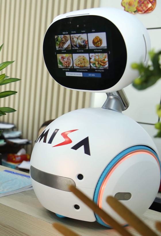 Misa phát triển robot Zenbo thành lễ tân số, nhân viên tư vấn ảnh 2