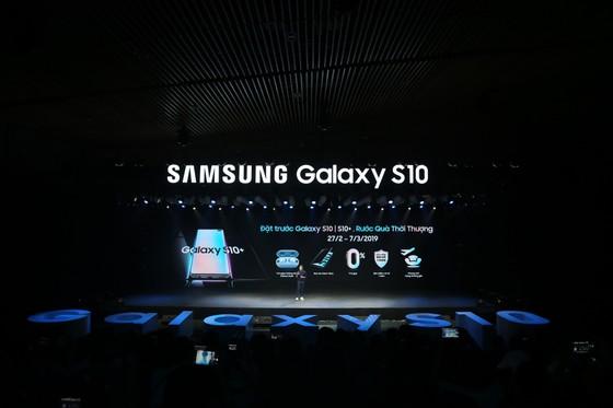 Galaxy S10+ cao cấp nhất với giá 33,99 triệu đồng ảnh 4