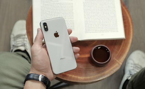 iPhone X, Galaxy S10: 2 lựa chọn cho phân khúc 15 - 16 triệu đồng ảnh 1