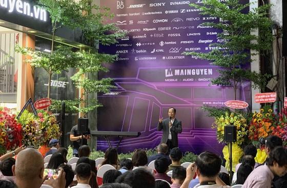 Chính thức khai trương Mai Nguyen Flagship Store  ảnh 2