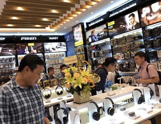 Chính thức khai trương Mai Nguyen Flagship Store  ảnh 1