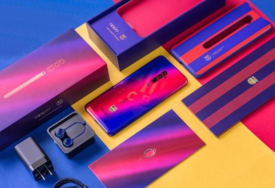 Oppo Reno Zoom 10x phiên bản đặc biệt Barcelona tại Việt Nam ảnh 1
