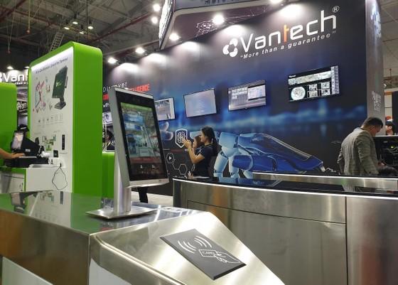 Vantech trình diễn công nghệ phân tích hình ảnh video thông minh ảnh 1