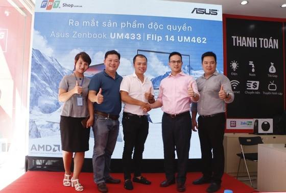 FPT Shop mở bán độc quyền Ultrabook ASUS ZenBook UM433 và ZenBook Flip 14 UM462 ảnh 1