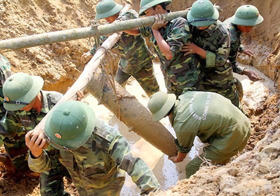 Hợp tác quốc tế trong khắc phục hậu quả bom mìn sau chiến tranh ảnh 1