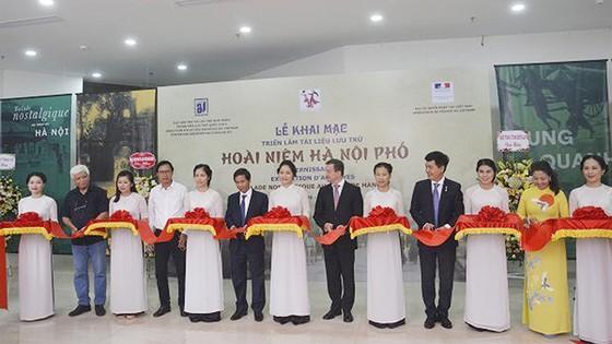 """Trở về không gian 36 phố phường với """"Hoài niệm Hà Nội phố"""" ảnh 1"""