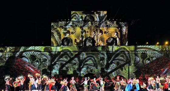 Mãn nhãn với bữa tiệc âm thanh và ánh sáng tại Hoàng thành Thăng Long ảnh 1