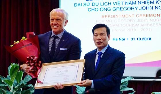 Huyền thoại golf thế giới làm Đại sứ Du lịch Việt Nam ảnh 1