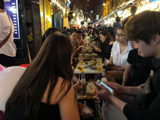 CCNN phát sóng chương trình khám phá Hà Nội qua những con phố ảnh 1