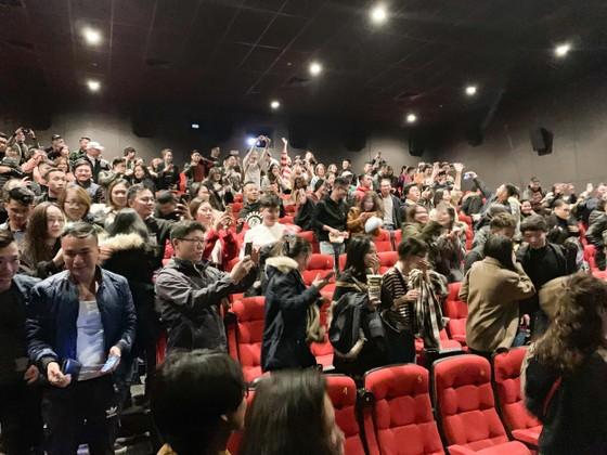 """Nhiều rạp chiếu quá tải vì """"Chị trợ lý của anh"""" ảnh 1"""