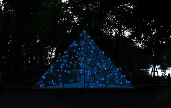 Hồ Gươm lung linh với nhiều công trình điêu khắc ánh sáng ảnh 4