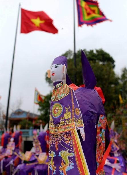 """""""Choáng"""" với đàn ngựa giấy khổng lồ ở đền Bảo Hà ảnh 5"""