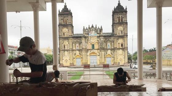 Bộ VH-TT-DL tổ chức đoàn khảo sát nhà thờ Bùi Chu ảnh 2