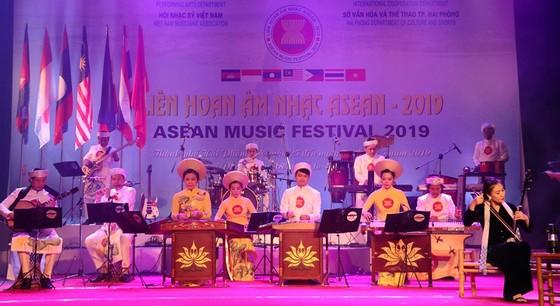 Liên hoan âm nhạc ASEAN 2019: 12 tiết mục xuất sắc được trao huy chương vàng ảnh 1