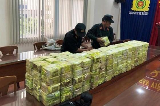 Bộ Công an chủ công phá đường dây mua bán ma túy cực lớn ở TPHCM ảnh 1