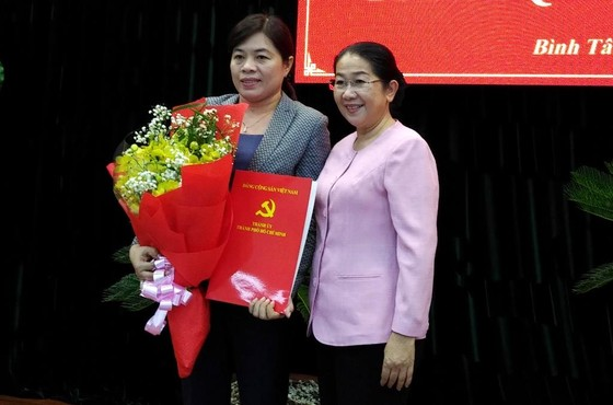 Đồng chí Nguyễn Trần Phượng Trân giữ nhiệm vụ Phó trưởng Ban Dân vận Thành ủy TPHCM ảnh 1