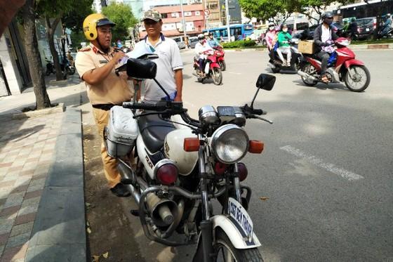 Tổng kiểm soát phương tiện ở TPHCM: Tránh 'đầu voi đuôi chuột' ảnh 7