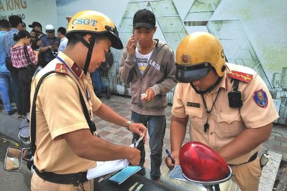 Tổng kiểm soát phương tiện ở TPHCM: Tránh 'đầu voi đuôi chuột' ảnh 4
