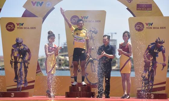 Giải xe đạp quốc tế VTV 2018: Loic vẫn là ông Vua cá nhân tính giờ ảnh 1