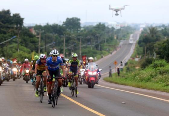 Cuộc lật đổ áo xanh thành công của tay đua Hàn Quốc ảnh 1