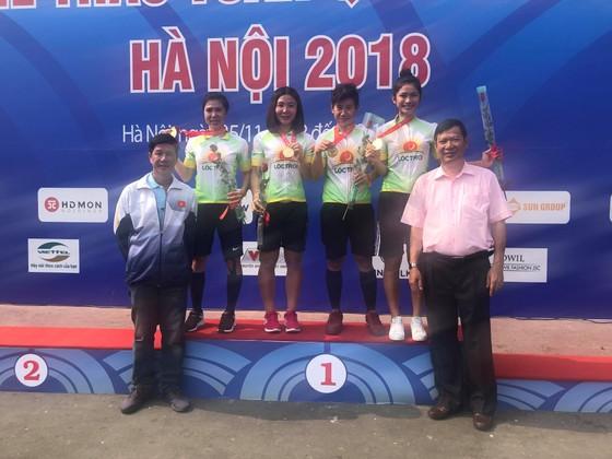 Đại hội TDTT toàn quốc 2018: TPHCM đoạt HCV xe đạp đồng đội tính giờ ảnh 1