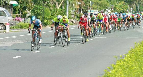 Giải xe đạp ĐBSCL: Các tay đua Đồng Nai thách đấu nước rút với TPHCM ảnh 1