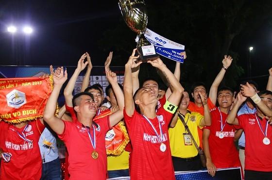 Đội Triệu Sơn trong niềm vui vô địch năm 2018. Ảnh: A.Trần