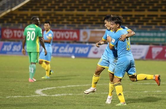 Đội Khánh Hòa đã an tâm về lực lượng cho V-League 2018. Ảnh: DŨNG PHƯƠNG