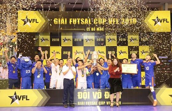 Đội Hanoi Bufaloes trở thành nhà vô địch đầu tiên của VFL. Ảnh: ANH TRẦN