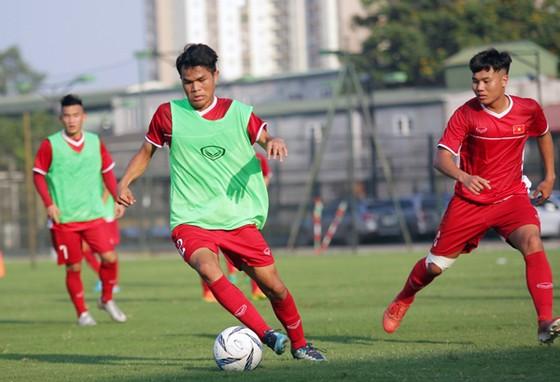 U19 Việt Nam vào guồng chuẩn bị dự Giải vô địch Đông Nam Á 2018 ảnh 1