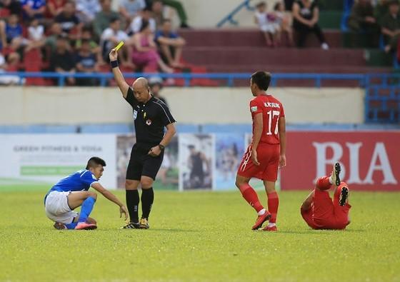 TPHCM thua Quảng Ninh 0-1: Màn ra mắt kèm vui của Hữu Thắng ảnh 2