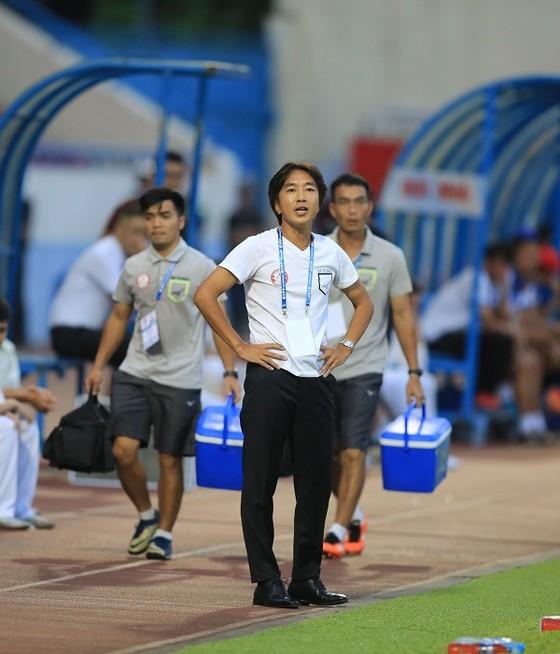 TPHCM thua Quảng Ninh 0-1: Màn ra mắt kèm vui của Hữu Thắng ảnh 1