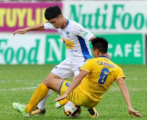 HAGL đánh bại SLNA 1-0: Dấu ấn Lương Xuân Trường ảnh 1