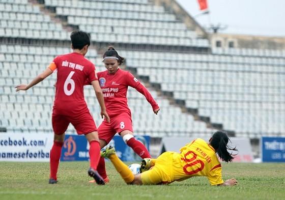 Hà Nội thắng trận thứ 3 tại giải bóng nữ VĐQG - Cúp Thái Sơn Bắc 2018 ảnh 1